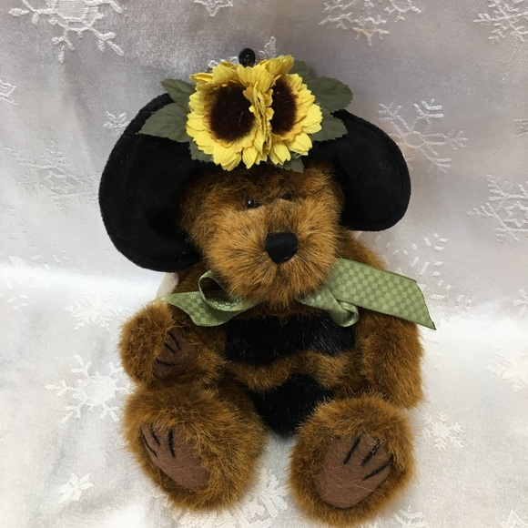 Boyd's Bear D Buzz bumble bee bear